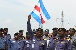 Nigeria declares war on pirates